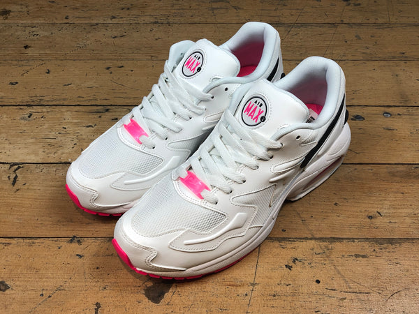 Size 09 & 12 UNDER HALF PRICE Air Max2 Light - Summit White/Black/Hyper Pink