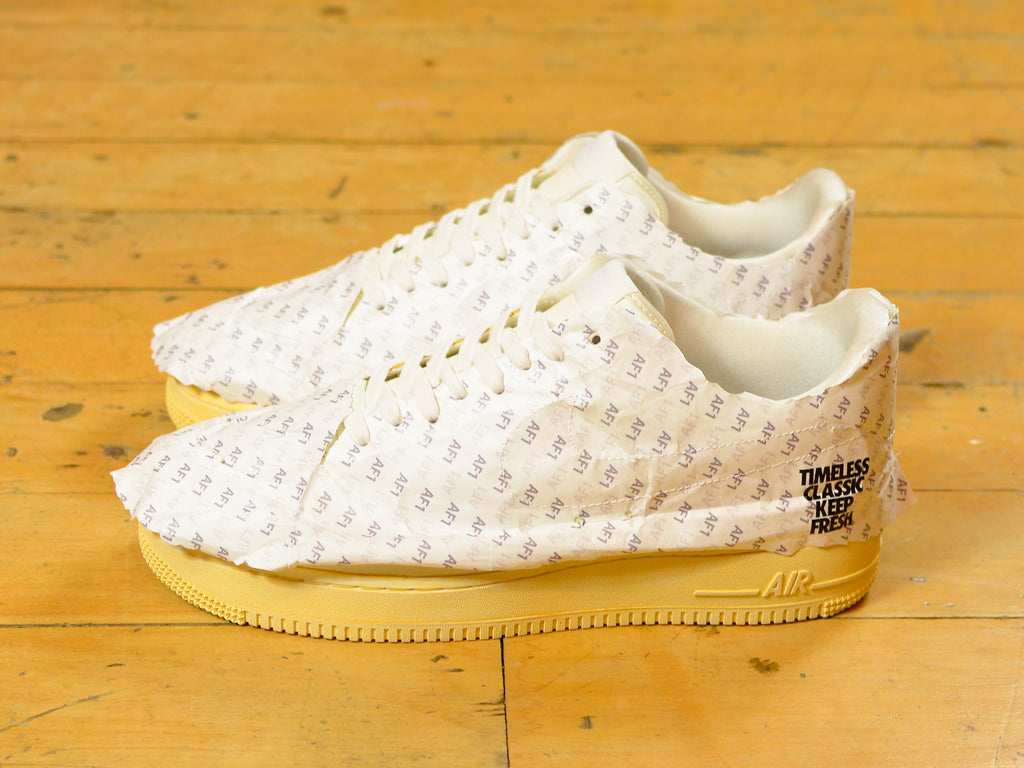 Air Force 1 '07 LV8 - White / Sail / Pale Ivory