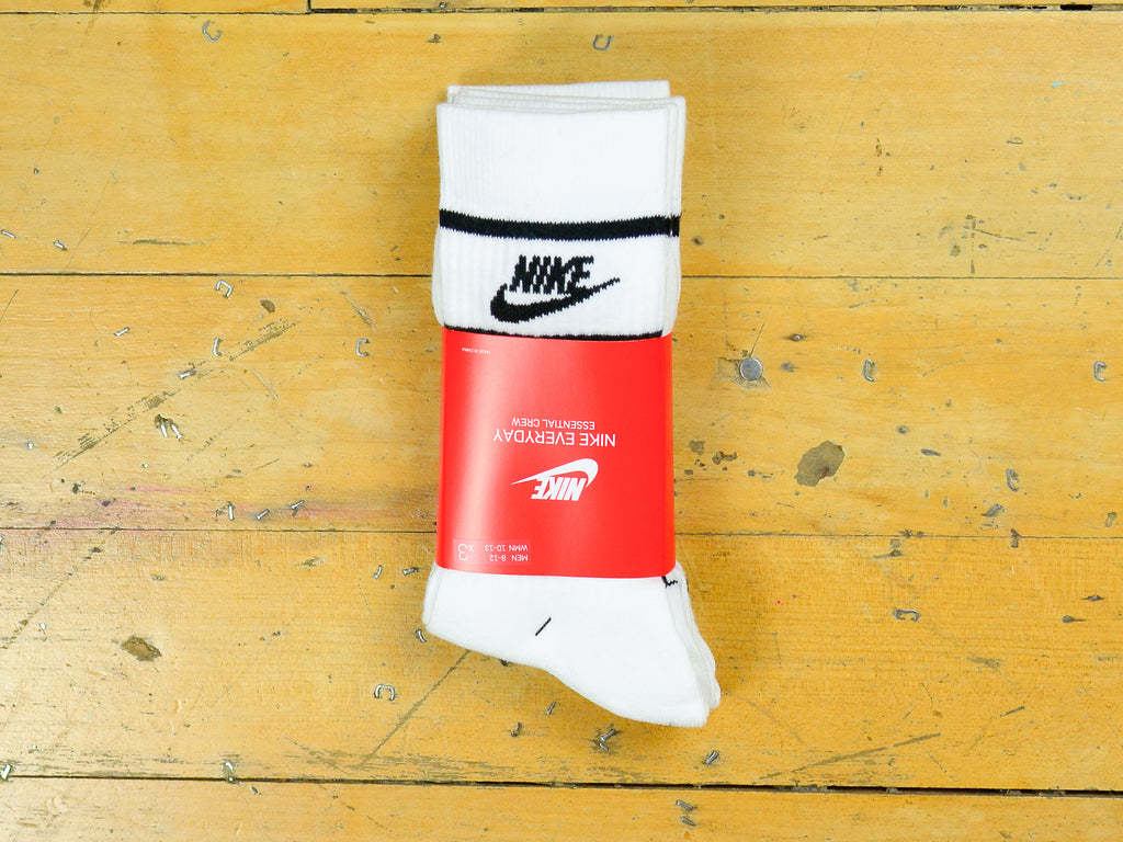Nike Sportswear Essential Crew Stripe Socks 3pk - White / Black