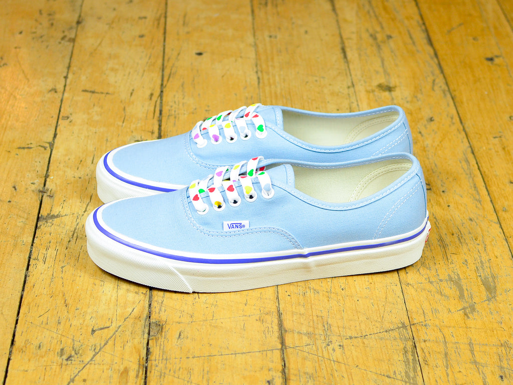 Anaheim Factory Authentic 44 DX - OG Light Blue / OG Heart Lace