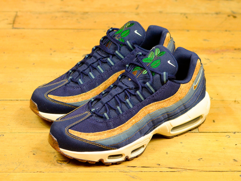Air Max 95 SE - Obsidian / Wheat / Thunder Blue
