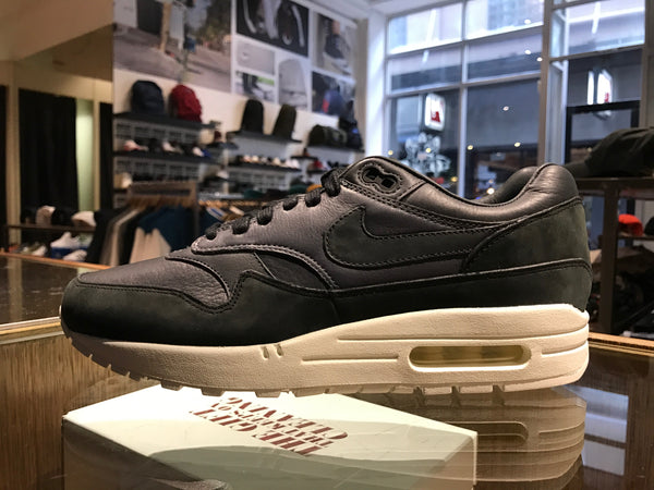 Air Max 1 Pinnacle - Black/Anthracite/Dark Grey