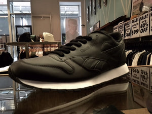 CL Leather AF-Black/Solar