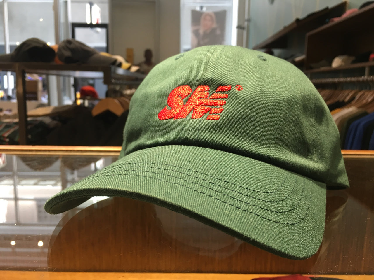SM Logo 6 Panel - spruce/red