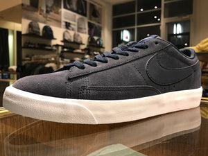 Blazer Low Suede - Navy Suede
