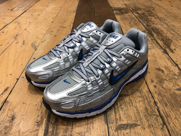 W Nike P-6000 - Metallic Silver/Team Royal