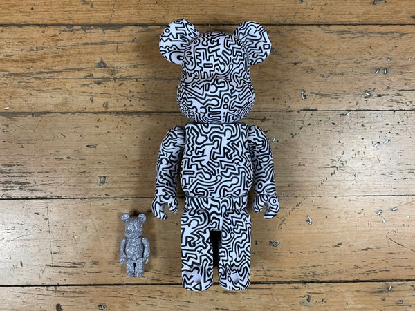 BE@R BRICK Keith Haring V4 400 + 100%