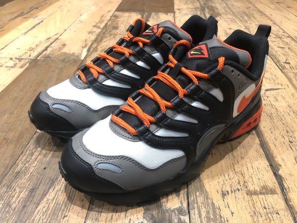 Nike Air Terra Humara - Black/White/Orange/Grey