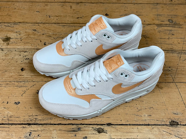 Women's Air Max 1 SE - Summit White/Copper Moon