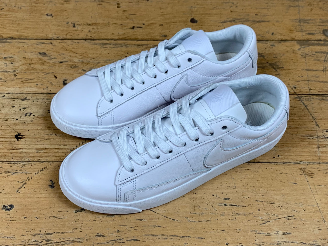 Women's Blazer Low LE - White