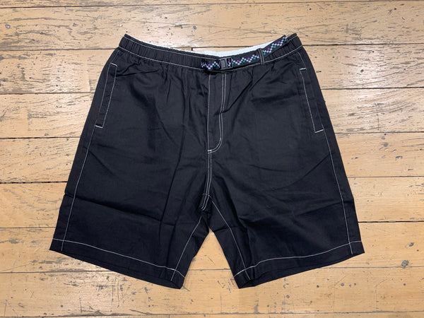 Summit Shorts - Black