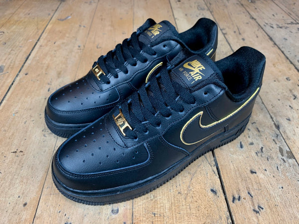 Women's Size 8 HALF PRICE Air Force 1 '07 ESS - Black/Black/Gold