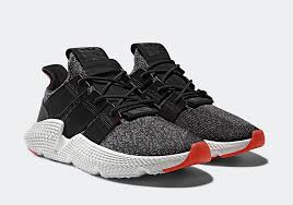 Prophere - black/solar red