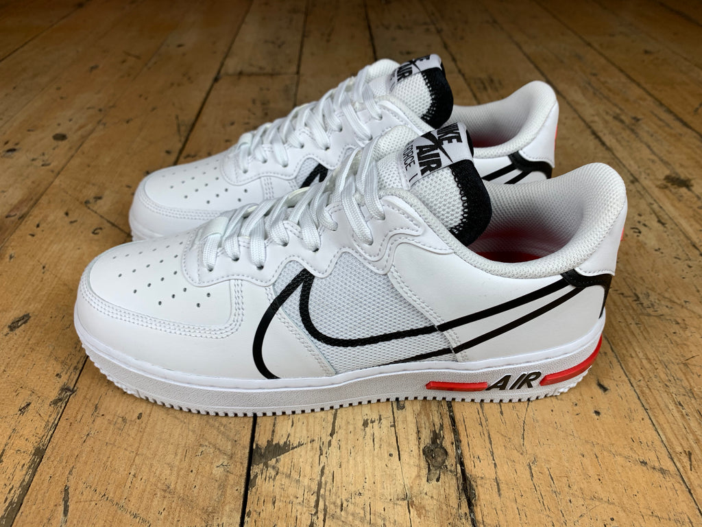 Air Force 1 React - White/Black/University Red