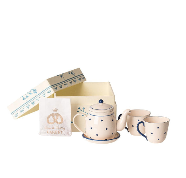 Maileg boxed tea and biscuits blue