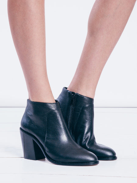 http://www.therisingstatesnyc.com/collections/shoes/products/ella-boot-black