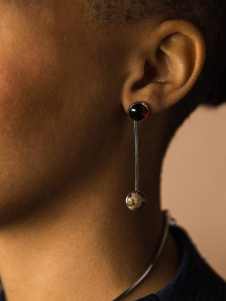 http://www.therisingstatesnyc.com/collections/earrings/products/sway-earring-garnet