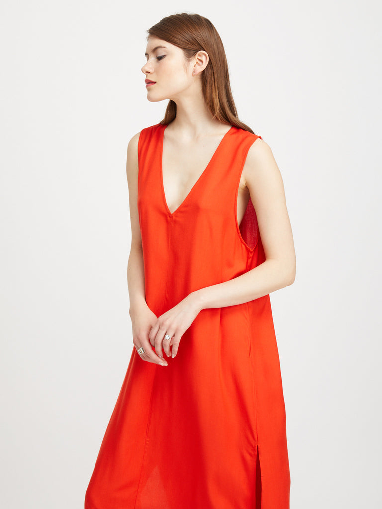 V-NECK MIDI DRESS / POPPY