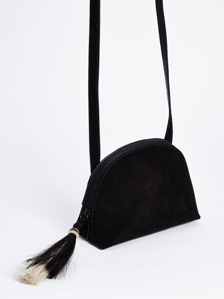 SUEDE CROSSBODY POUCH / BLACK