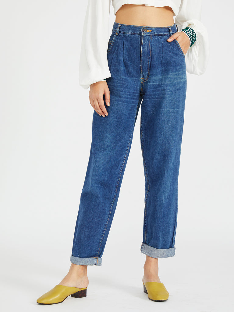 VINTAGE PLEATED DENIM TROUSER