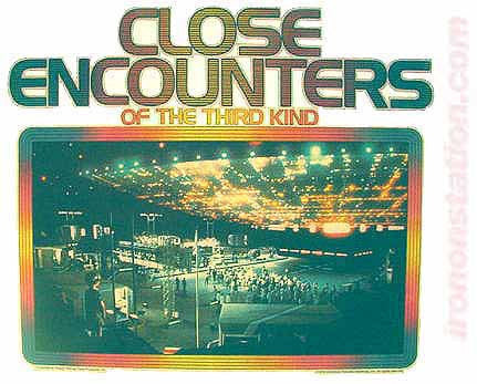 CLOSE ENCOUNTERS of the 3rd Kind Vintage Iron On tee shirt transfer Original Authentic