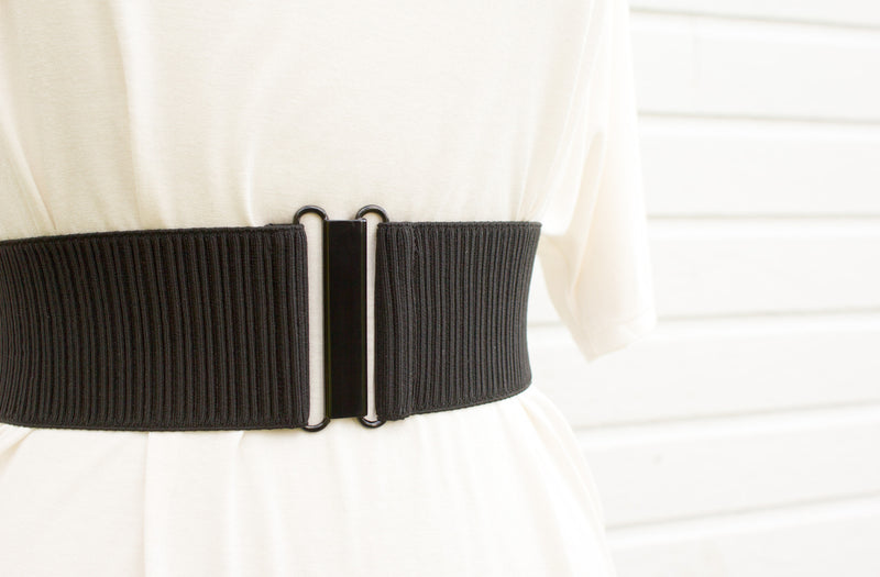 Women's 3 inch black ribbed belt by Cinched Apparel