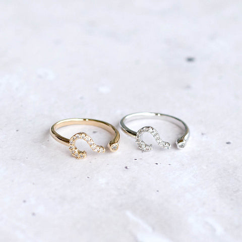 Question Mark Midi Ring