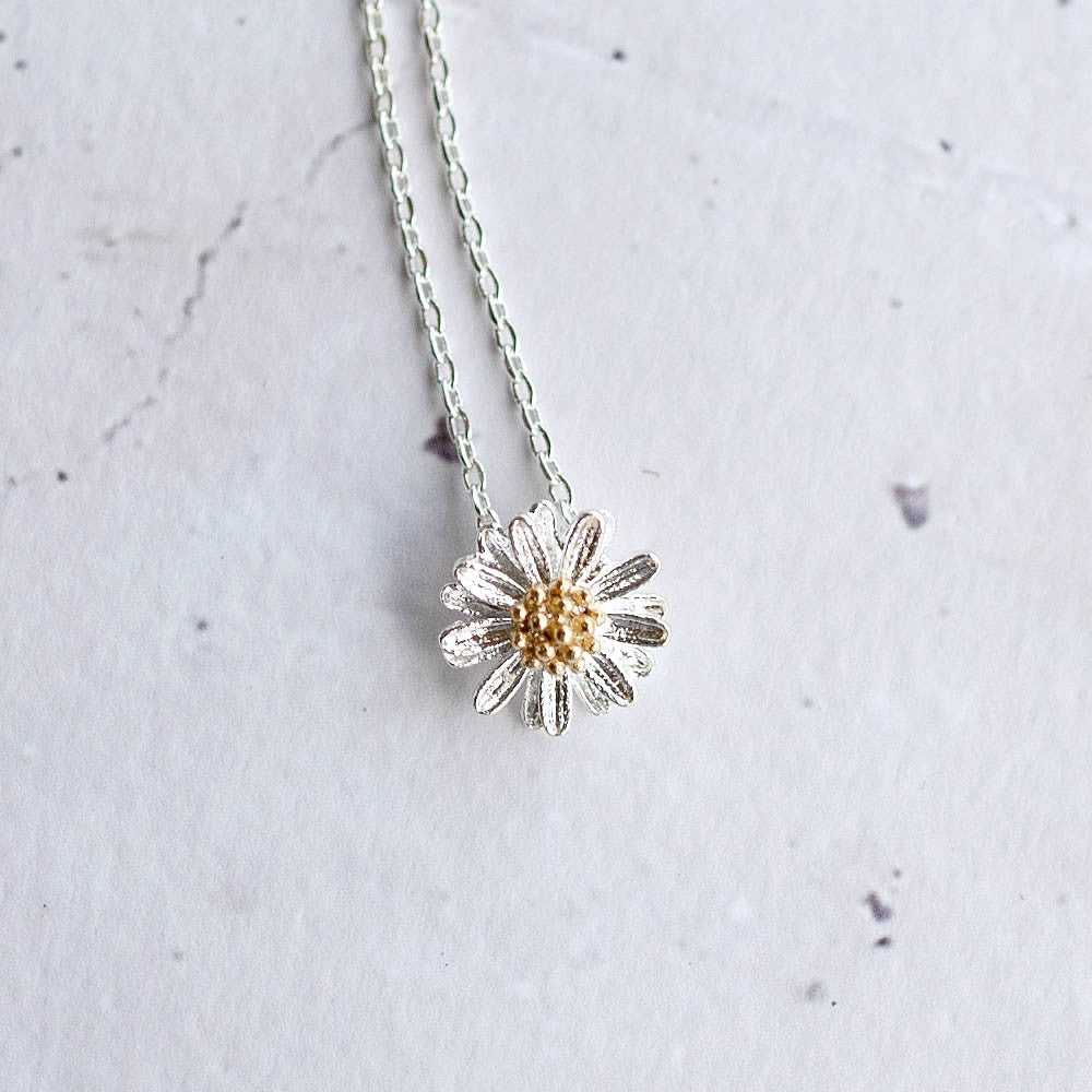 Daisy Necklace