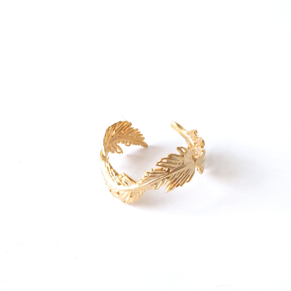 Feather Ring (adjustable)