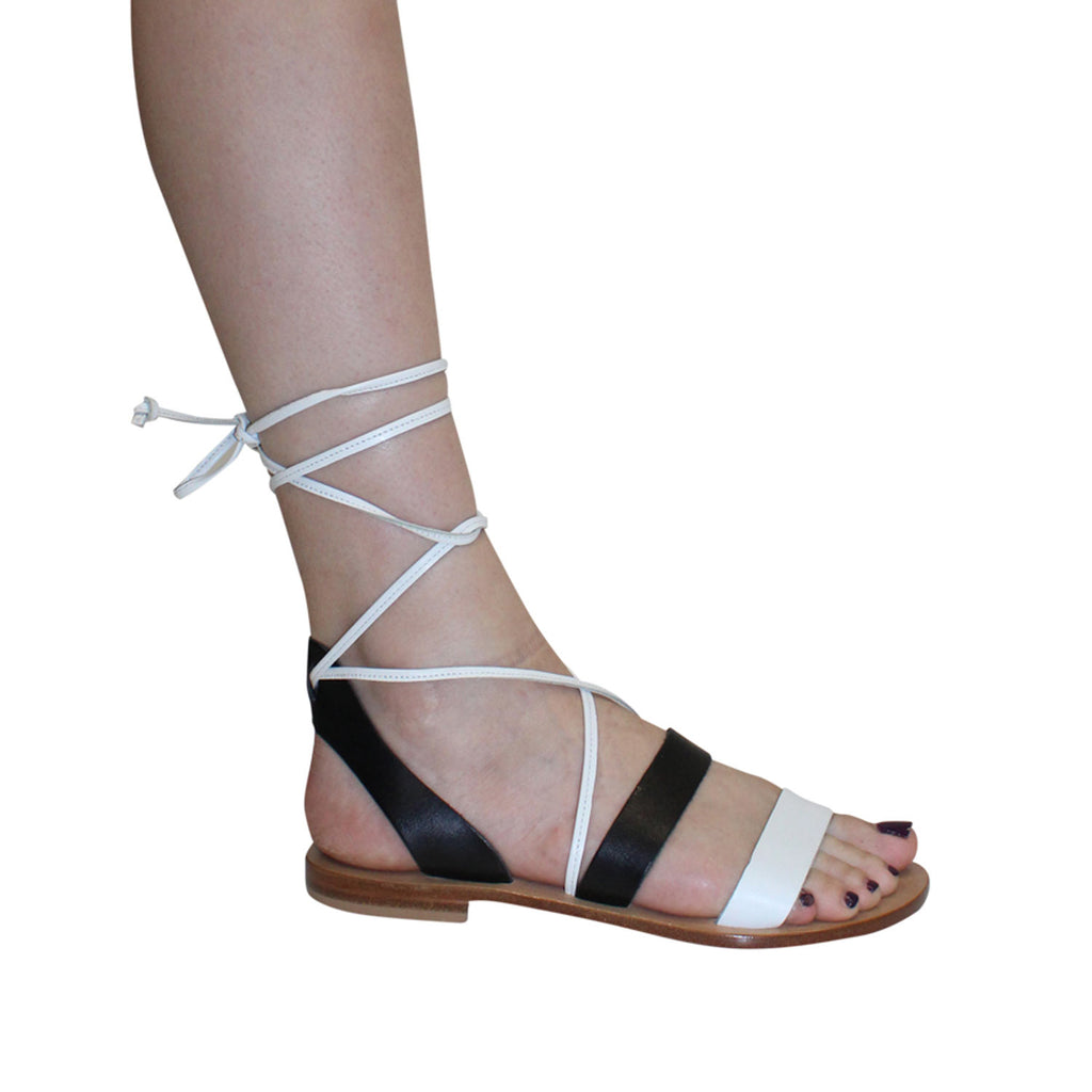 Capri Positano White/Black Itama Sandal Size 6 Muse Boutique Outlet | Shop Designer Sandals on Sale | Up to 90% Off Designer Fashion