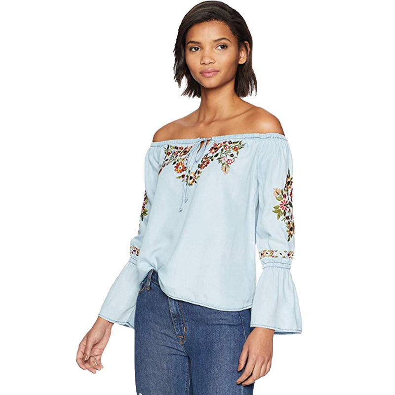 Cupcakes and Cashmere Chambray Adrien Embroidered Top Size Extra Small Muse Boutique Outlet | Shop Designer Clearance Tops on Sale | Up to 90% Off Designer Fashion