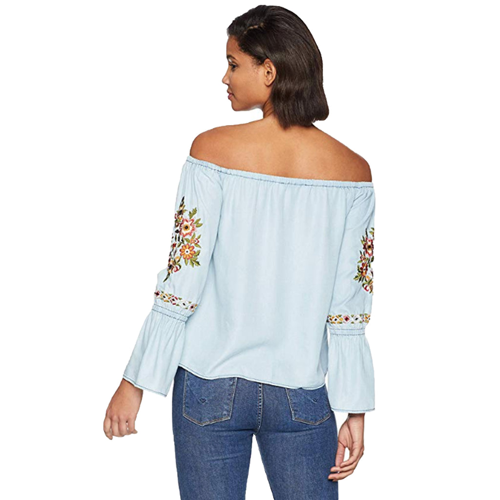 Cupcakes and Cashmere  Adrien Embroidered Top Size  Muse Boutique Outlet | Shop Designer Clearance Tops on Sale | Up to 90% Off Designer Fashion