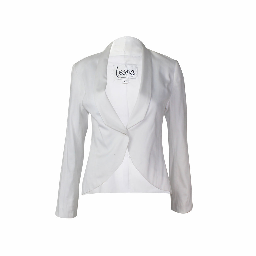 Leona by Lauren Leonard White Knit Blazer Size 0 Muse Boutique Outlet | Shop Designer Clearance Outerwear on Sale | Up to 90% Off Designer Fashion