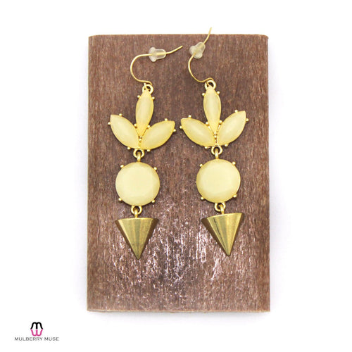Private Label Ivory Pyramid Drop Earring OSFA Ivory/Gold Muse Boutique Outlet