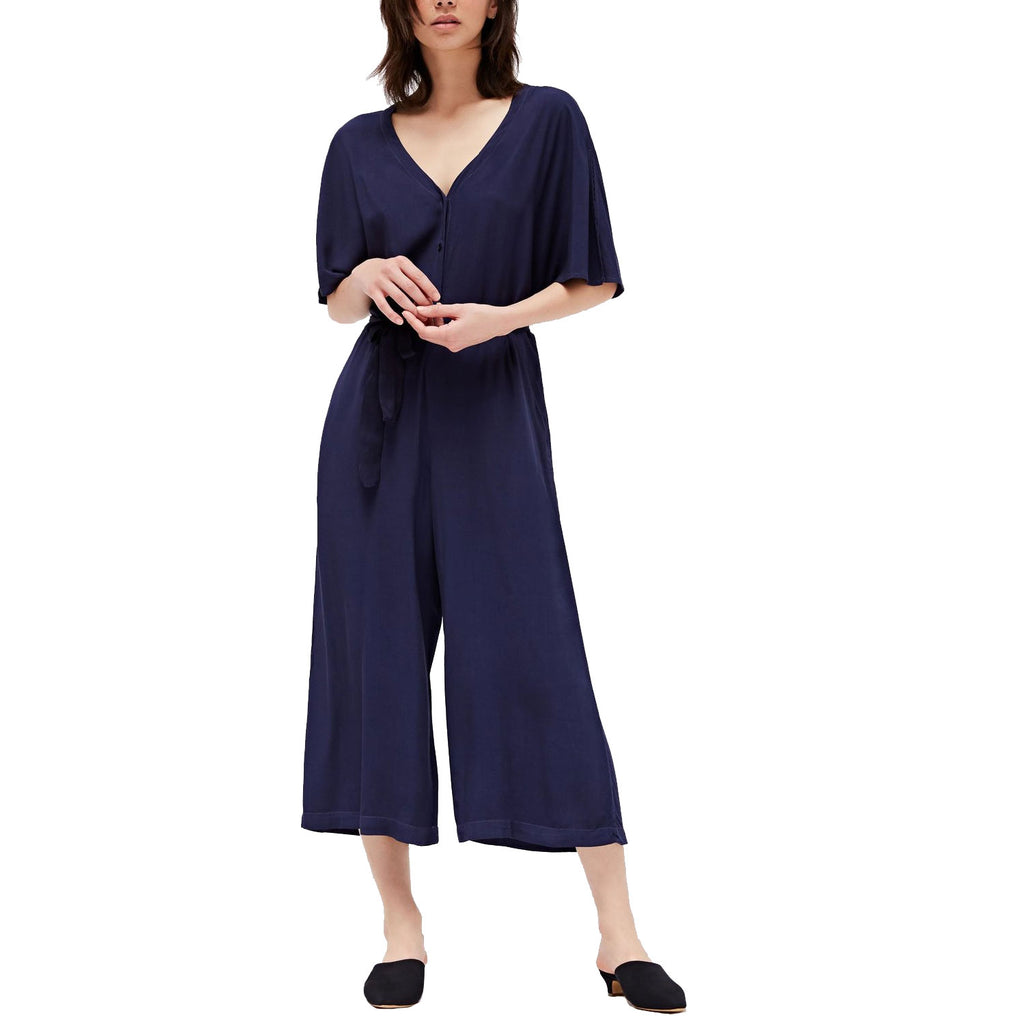 Lacausa Midnight Ingrid Jumpsuit Size Small Muse Boutique Outlet | Shop Designer Rompers & Jumpsuits on Sale | Up to 90% Off Designer Fashion