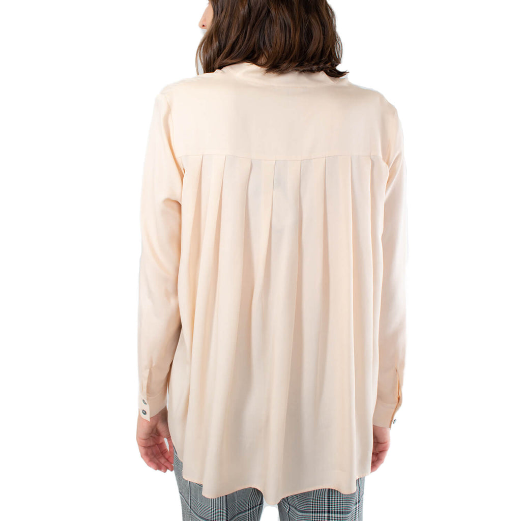 Repeat Cashmere  Pleated Back Tencel Button Down Size  Muse Boutique Outlet | Shop Designer Long Sleeve Tops on Sale | Up to 90% Off Designer Fashion