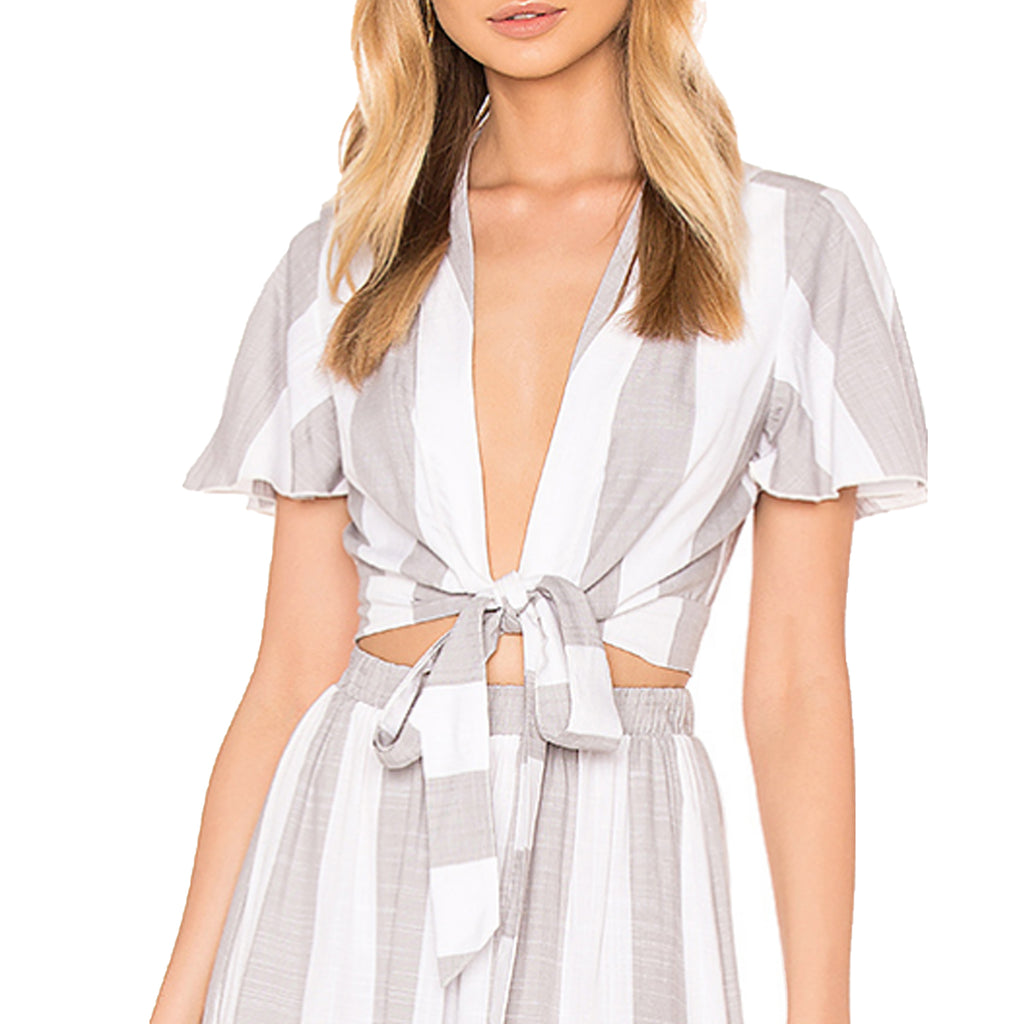 Show Me Your Mumu Grey/White Arie Tie Crop Top Size Extra Small Muse Boutique Outlet | Shop Designer Short Sleeve Tops on Sale | Up to 90% Off Designer Fashion