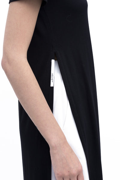 .01 Les Essentiels High Slit Tee - Black