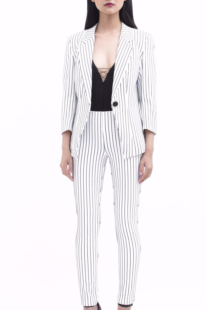 .01 Les Essentiels Silk Striped Complete Suit