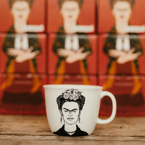 FRIDA, daughter of the revolution,   35cl mug