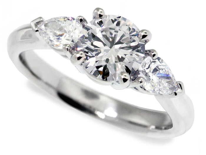 .950 Plat Eng Mtg w/ Two(2) PS Diamonds=0.49cts