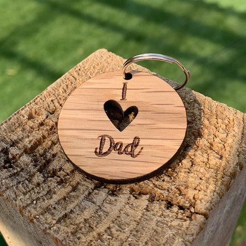 Keyring Round with Cutout - I (heart) Dad 9062