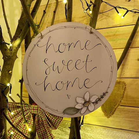 Round Plq with Daisy Flower - Home Sweet Home 9821