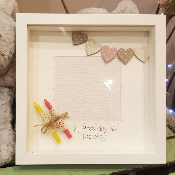 Sm Box Frame - Lace Crayons & Bunting 6703