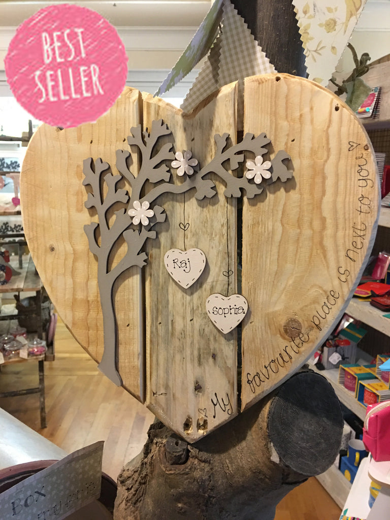 Personalised Arched Tree on Pallet Heart 7187