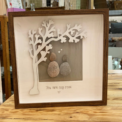 Pebble People Sm Box Frame - Tree & 2 People 8518