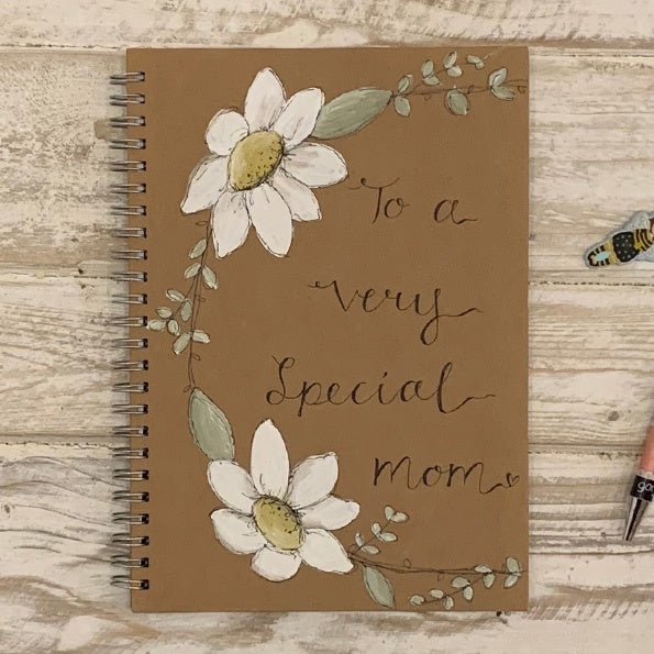 Handmade Notebook with Daisy Wreath - Special Mom 9887