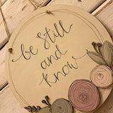 Round Plq with Round Flowers - Be Still & Know 9827