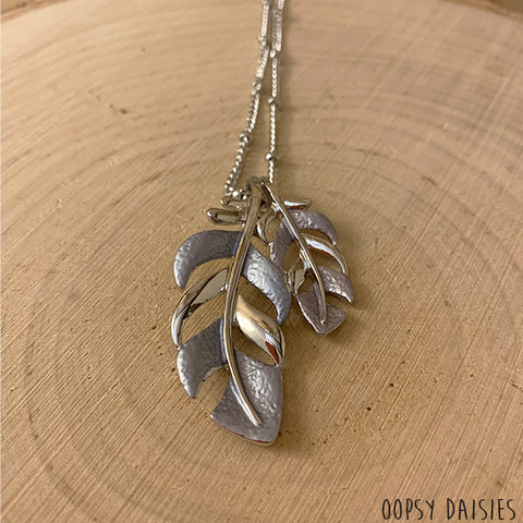 Grey Leaf Necklace 10870