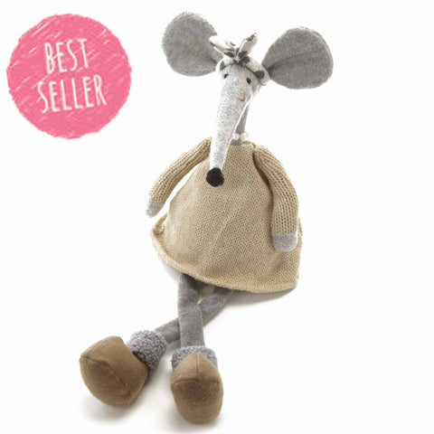 Sitting Mouse 1515